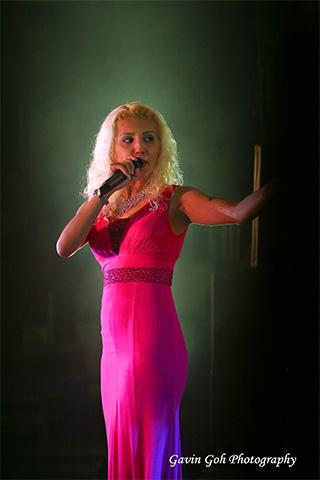 singer-backstage